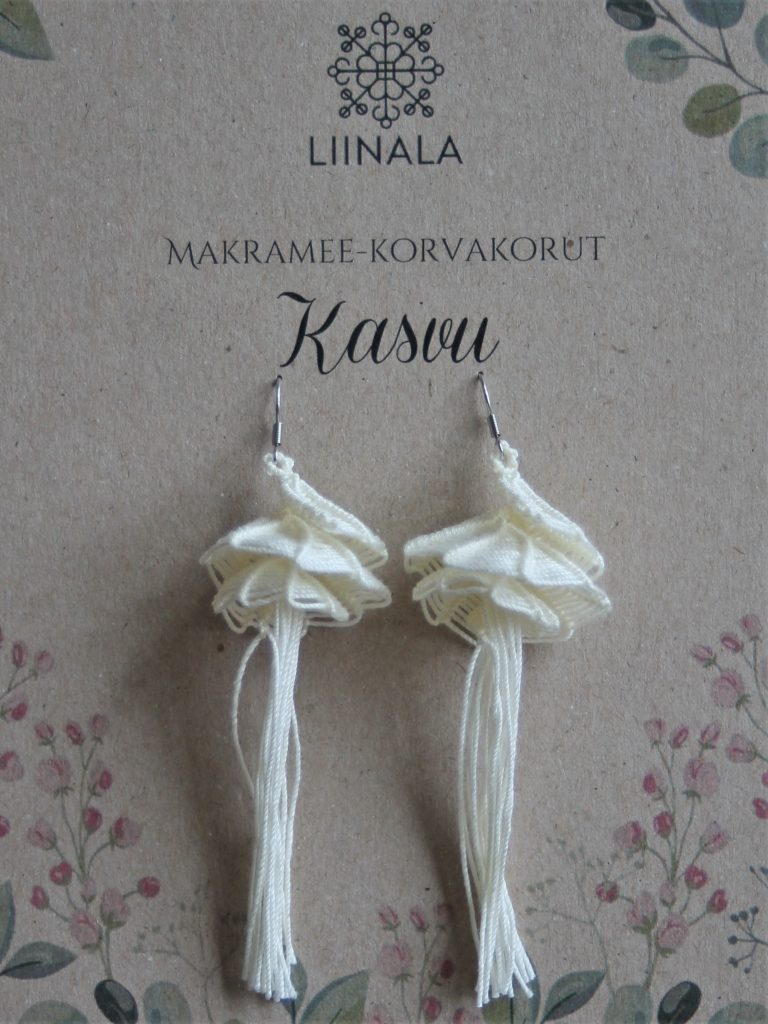 Hand made macrame earrings